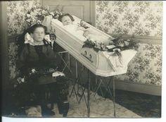 ... Pennsylvania, Moment Mori, Photo Baby, Girl 1800S, Post Mortem Photos