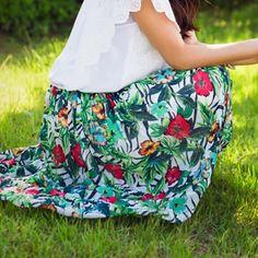 Korea womens shopping mall [styleberry] #koreafashionshop #Fashionwomen  #korea #dailylook #dailyfashion #T-shirts #dress #tops #blouse #cardigan #outwear #skirt #pants #basicitem #shoes #bag #jewelry #acc #chiffon #裙子 #スカート Hawaiian PRINTING Chiffon Skirt / Size : FREE / Price : 40.18 USD