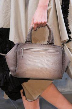 Mejores 142 imágenes de + Carteras   mochilas   Bags   backpacks + ... fe154875884e