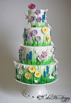 Hand painted Meadow Wedding Cake www.cakemehappy.se