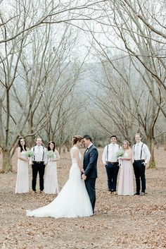 30 Super Fun Wedding Photo Ideas and Poses for your Wedding Party| Confetti Daydreams – Wedding Blog