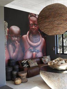 I just looooooove this room especially the mural on the wall just stunning :)