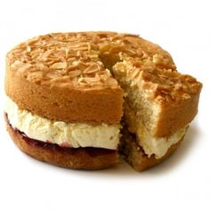 Bakewell Sponge Cake by Sponge Baking Recipes, Dessert Recipes, Cake Receipe, Afternoon Tea Cakes, British Baking, Great British Bake Off, English Food, Sponge Cake, Sweet Bread
