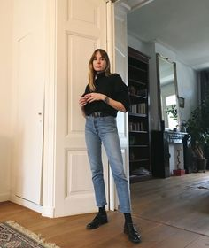 Discover recipes, home ideas, style inspiration and other ideas to try. Outfits Otoño, Hipster Outfits, Fashion Outfits, Womens Fashion, Denim Fashion, Look Fashion, Daily Fashion, Oufits Casual, Casual Outfits