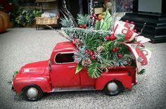 Silk Flower Arrangements, Silk Flowers, Christmas Ornaments, Holiday Decor, Home Decor, Decoration Home, Room Decor, Christmas Jewelry, Silk Floral Arrangements