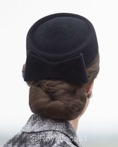 """Rookie on Twitter: """"Catherine Duchess of Cambridge wearing a hairnet at top of…"""