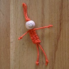 ArtMind: How to make a macramé doll? (for the Twiddle Muff/Sensory Mitt)