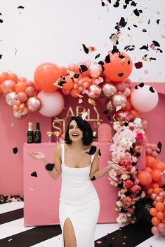Bride throwing rose petals in front of coral wedding backdrop. Party Decoration, Bridal Shower Decorations, Wedding Decorations, Birthday Goals, Birthday Parties, Birthday Ideas, Wedding Themes, Party Themes, Party Ideas