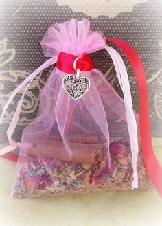 Love Mojo Bag Love Amulet Bag Love Spells by TheWitchesCurio