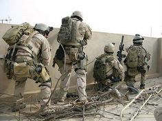 Navy Seals in Ramadi Military Girlfriend, Military Gear, Military Police, Military Spouse, Special Forces Gear, Military Special Forces, Special Operations Command, Us Navy Seals, Man Of War