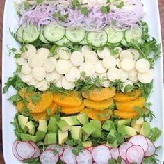 Latin chopped salad with hearts of palm, jicama, and avocado - Laylita's Recipes Avocado Cilantro Dressing, Salmon Avocado, Avocado Salad, Hearts Of Palm Salad, Jicama Recipe, Pesto, Salsa Picante, Chopped Salad, Vegetable Salad