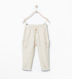 Trousers with side pockets from Zara