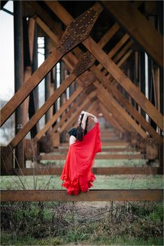 posing women, flamenco inspired fashion photography, red skirt, model shoot, dance photography, outdoor fashion shoot, model poses Lauren D Rogers Photography www.laurendrogers.com