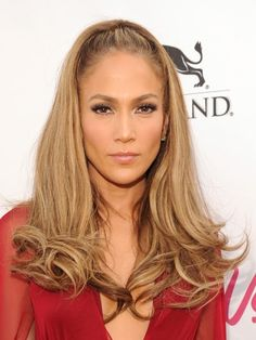 JLo is Jennifer Lopez! Prom Hairstyles, Great Hairstyles, Spring Hairstyles, Latest Hairstyles, Celebrity Hairstyles, Vintage Hairstyles, Hairdos, Jennifer Lopez, Red Carpet Hair