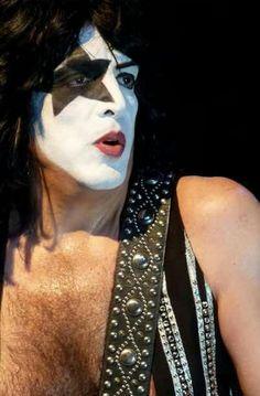Eric Singer, Paul Kiss, Kiss Costume, Vinnie Vincent, Kiss Images, Eric Carr, Peter Criss, Paul Stanley, Kiss Band