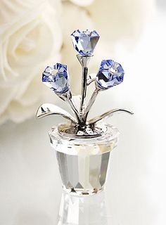My niece receives a small Swarovski from her dad for Christmas every year. Swarovski Moments Forget-Me-Not - Crystal Classics Swarovski Gifts, Swarovski Crystal Figurines, Swarovski Crystals, Glass Figurines, Crystal Collection, Leaded Glass, Crystal Jewelry, Glass Crystal, Stones And Crystals