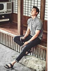 Woobin oppa for #Merrell His career begin with modelling and now he is also a great actor....and singer! You should listen to his voice 😍 . . .  #kimwoobin #김우빈 #uncontrollablyfond #theheirs #korean #male #actor #model #singer #kdrama #drama #leeminho