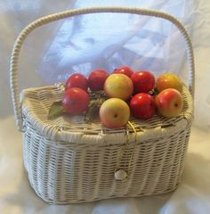 "Love the ""fruit basket"" purse from the 1950s"