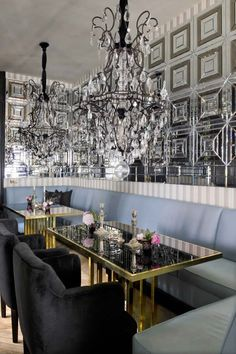 Interiors: Lorenzo Castillo's Swank DiningRoom - Interiors. Fashion. Modern. Glamour. - Sukio