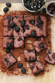 blackberry brownies and tangy chocolatey goodness Just Desserts, Delicious Desserts, Dessert Recipes, Yummy Food, Yummy Treats, Sweet Treats, Tapas, Brownies, Jam Cookies