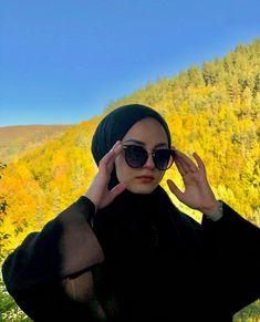 Hijab Fashion Summer, Street Hijab Fashion, Teen Fashion Outfits, Women's Fashion Dresses, Hijabi Girl, Girl Hijab, Iranian Women Fashion, Muslim Fashion, Hijab Dress