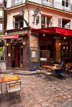 Relais Odeon, Boulevard Saint-Germain Paris