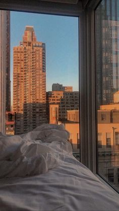 Apartment View, Dream Apartment, New York Life, Nyc Life, City Aesthetic, Travel Aesthetic, Images Esthétiques, City Vibe, Concrete Jungle