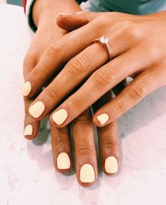 Prettiest Summer Nail Colors of 2019 All of the best summer nails (summer nail colors) that are in right now! I love gorgeous nails as much as the next girl and always want to know what to pick during my next summer manicure. If you're looking for easy Nails Gelish, Diy Nails, Cute Nails, Pretty Nails, Cute Nail Colors, Summer Nail Colors, Nail Colors For Pale Skin, Nail Nail, Manicure Colors