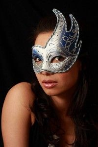 How-to-Make-a-Paper-Mache-Mask-With-a-Foil-Mold_23