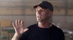 """Casino Royale Regisseur Martin Campbell soll Fortsetzung von G.I. Joe übernehmen Rund um die G.I. Fortsetzung kursieren bereits einige Gerüchte. Das wohl aufregendste Gerücht bezieht sich auf die Regie des angekündigten dritten Teils """"G.I. Joe 3 """". Der bisherige Regisseur soll entschlossen haben, den dritten Streifen nicht zu machen."""