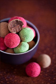 Chocolate truffles (Dukan diet) by laperla2009, via Flickr