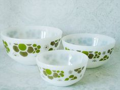 Anchor Hocking Flower Power Nesting Bowl Set. Will be looking for these.
