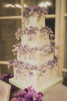 Cakes and flowers. Not just any cakes, Peggy Porschen cakes. A name synonymous with exceptional quality and th Fondant Wedding Cakes, Purple Wedding Cakes, Fall Wedding Cakes, Beautiful Wedding Cakes, Wedding Cake Designs, Cake Fondant, Romantic Wedding Cakes, Wedding Blog, Beautiful Cakes
