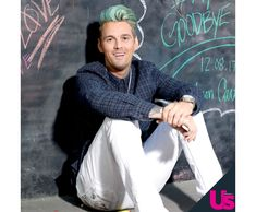Singer Aaron Carter exclusively revealed to Us Weekly that he is still smoking weed despite he spent time in rehab earlier this year. I Love You Pictures, Aaron Carter, Smoking Weed, Dancer, Teen, Guys, Music, Fashion, Musica