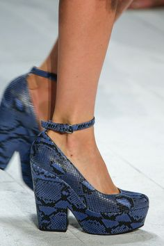 Michael Kors Spring 2014 Ready-to-Wear Collection Slideshow on Style.com #nyfw