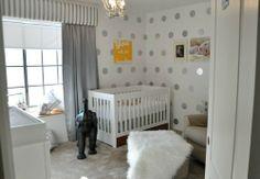 Nursery walls from Strollertalk!!! Bebe'!!! Cute ideas for stimulating and interesting nursery walls!!!