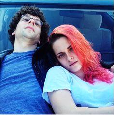 Jesse Eisenberg e Kristen Stewart