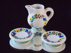 Dollhouse-Floral-Dishes-Pitcher-and-2-Serving-Plates-Vintage-Miniature