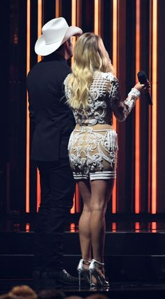 Carrie Underwood Cma, Carrie Underwood Pictures, Beautiful Wife, Beautiful Legs, Eleven Dress, Celebrity Costumes, White Lace Romper, Woman Crush, Sexy Outfits