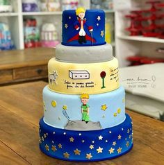 Bolo O Pequeno Príncipe Prince Birthday Theme, Baby Boy Birthday Themes, Boy Birthday Parties, Birthday Decorations, Little Prince Party, The Little Prince, Prince Cake, Party Cakes, First Birthdays