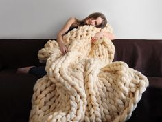 """OHHIO: Super soft & smooth blankets: 100% extra fine Merino wool (10Lbs in a large blanket), stitch size is 3"""" & blanket is 2"""" thick; 4 sizes & 7 colors to choose from."""