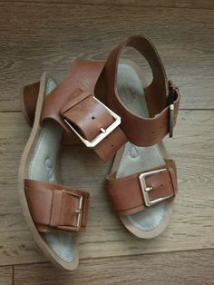 1759149186 LADIES Size 4 CLARKS SOMERSET LEATHER WIDE ANKLE STRAP TAN SUMMER SANDALS |  eBay