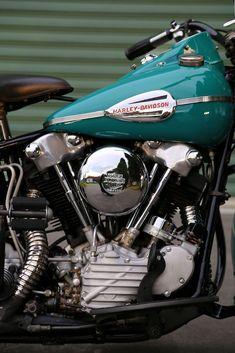 1941 Harley Davidson Knucklehead #harleydavidsonbobbersvintage #harleydavidsonknucklehead #vintagemotorcycles