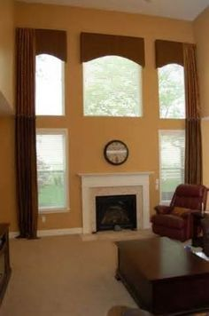 Window treatments for two story great rooms Arched window drapery ideas. Drapery solutions for your arched windows Two Story Windows, Tall Windows, Arched Windows, Tall Window Treatments, Window Coverings, Interior Design Classes, Interior Decorating, Decorating Ideas, Decor Ideas