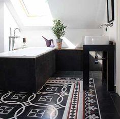 ber ideen zu historische fliesen auf pinterest reproduktion fl chen und keramik. Black Bedroom Furniture Sets. Home Design Ideas