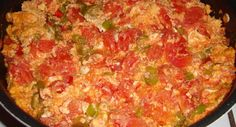 Menemen for breakfast. Chop tomatoes, onions, & peppers, and cook them with some olive oil in a frying pan. Add sea salt and pepper and scrambled eggs, red pepper flakes are optional. Turkish Recipes, Ethnic Recipes, Spicy Sausage, Cauliflower Crust Pizza, Cooking Recipes, Healthy Recipes, Scrambled Eggs, Macaroni And Cheese, Brunch
