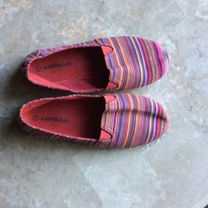 AIRWALK tapestry festival striped canvas slip on AIRWALK fun bright festival striped canvas slip on. Good condition. Very minor wear, no rips tears stains etc. 7.5 Airwalk Shoes Flats & Loafers