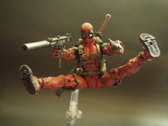toycutter: Deadpool action figure (Marvel Comics)