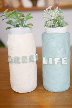 1カップの空き瓶に粘土で簡単!手作りタイルリメイク☆彡