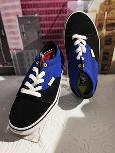 dd26ce09f13b New In Box Vans Kress Black  Blue  Yellow youth sz 1 skate shoes